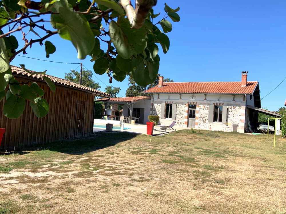 Maison Belin-Beliet proche salles
