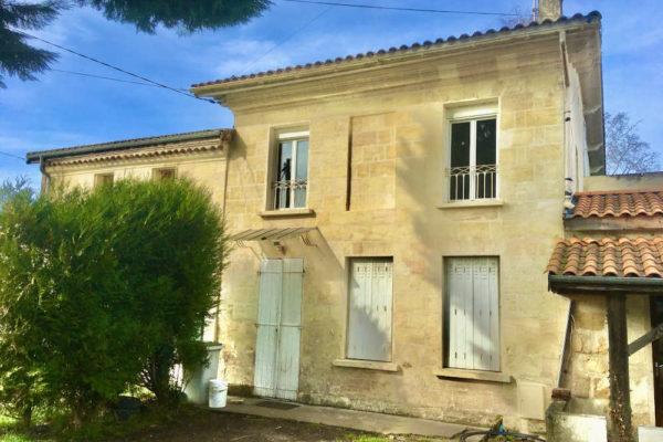 A vendre Maison à ARSAC en pierres 4 chambres – 262 000 €