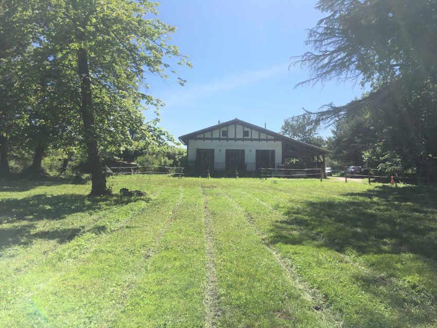 Maison Le Pian Médoc pension chevaux
